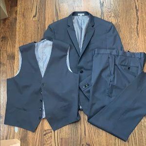 Express Men's 3-piece Gray Suit size Large